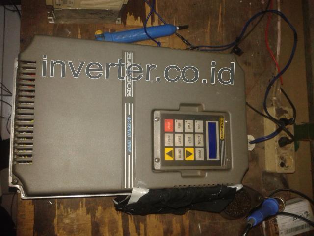 Foto: Service Inverter, Service Inverter Makassar, Bandung