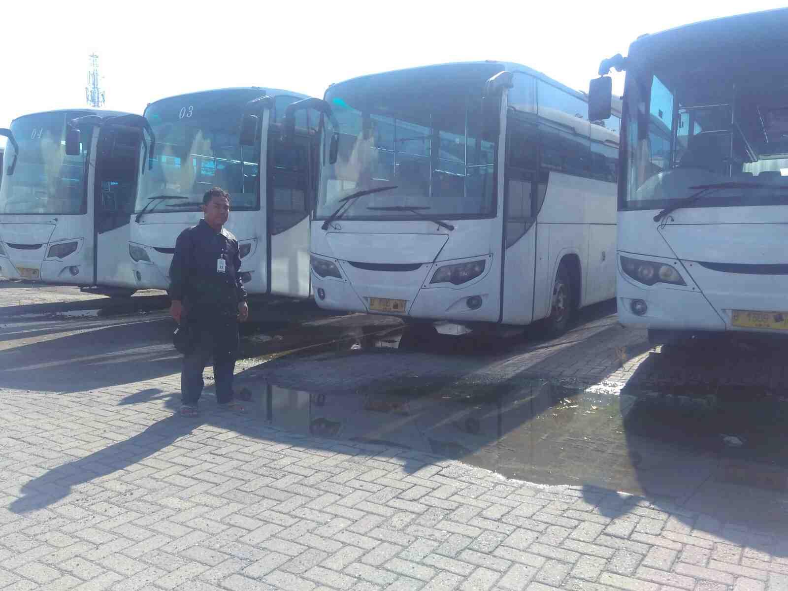 Foto: Dijual Bus Mercedes Benz Oh 1518 Thn 2009, Eks Angkutan Karyawan