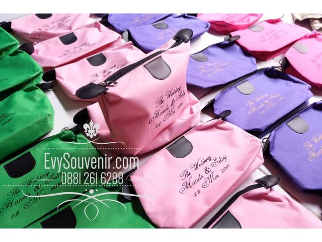 Foto: Grosir Souvenir Pernikahan Jogja, Toko Hadiah Nikah Jogjakarta