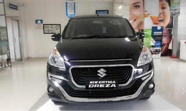 Foto: Suzuki Ertiga Promo Kredit 2016