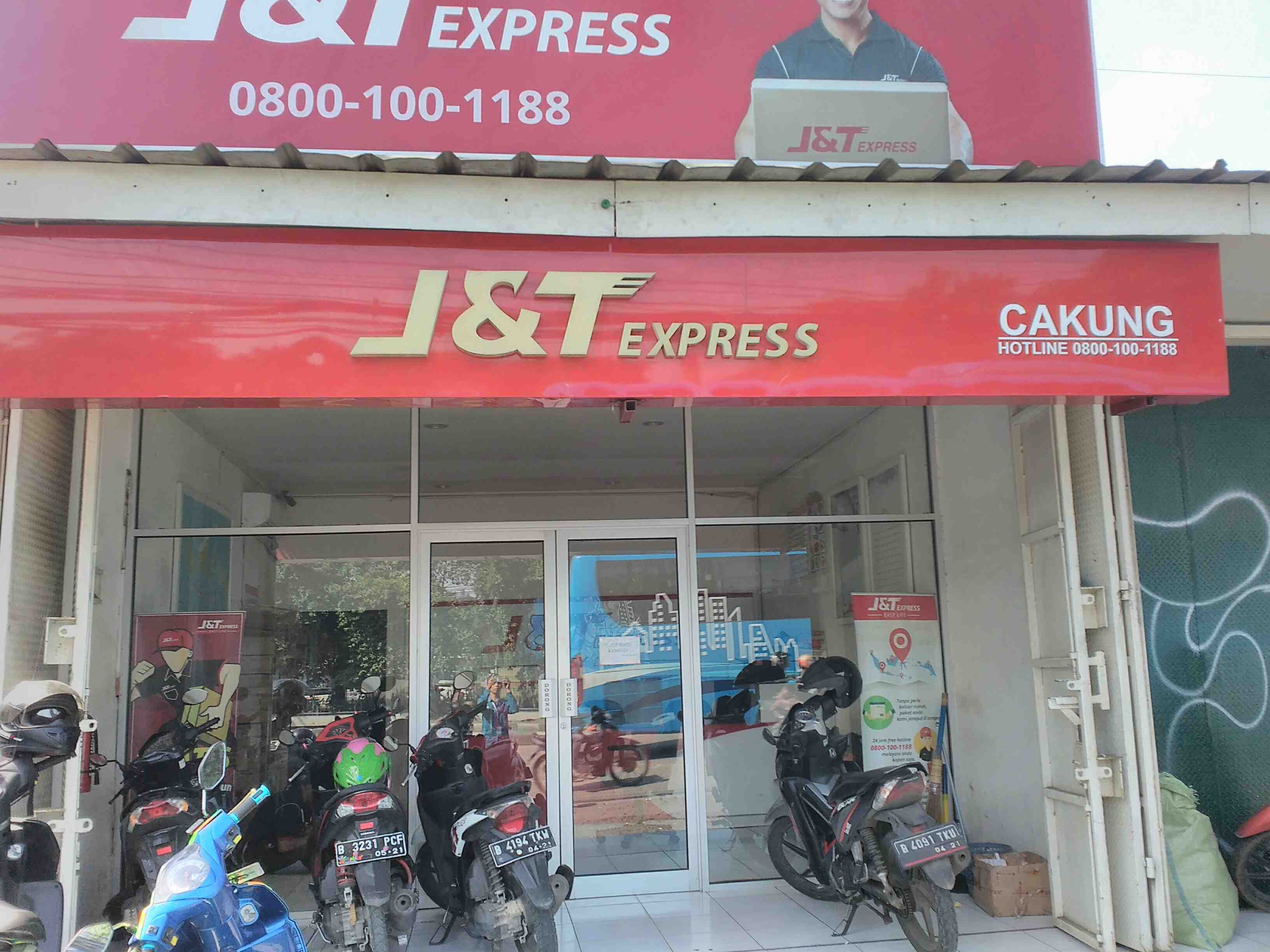 Foto: J&T Expres Cakung
