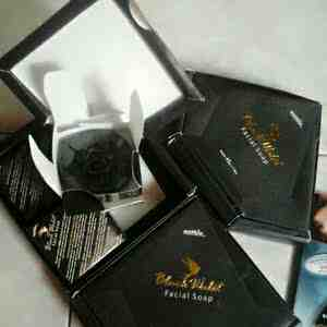 Foto: Black Walet Facial Soap