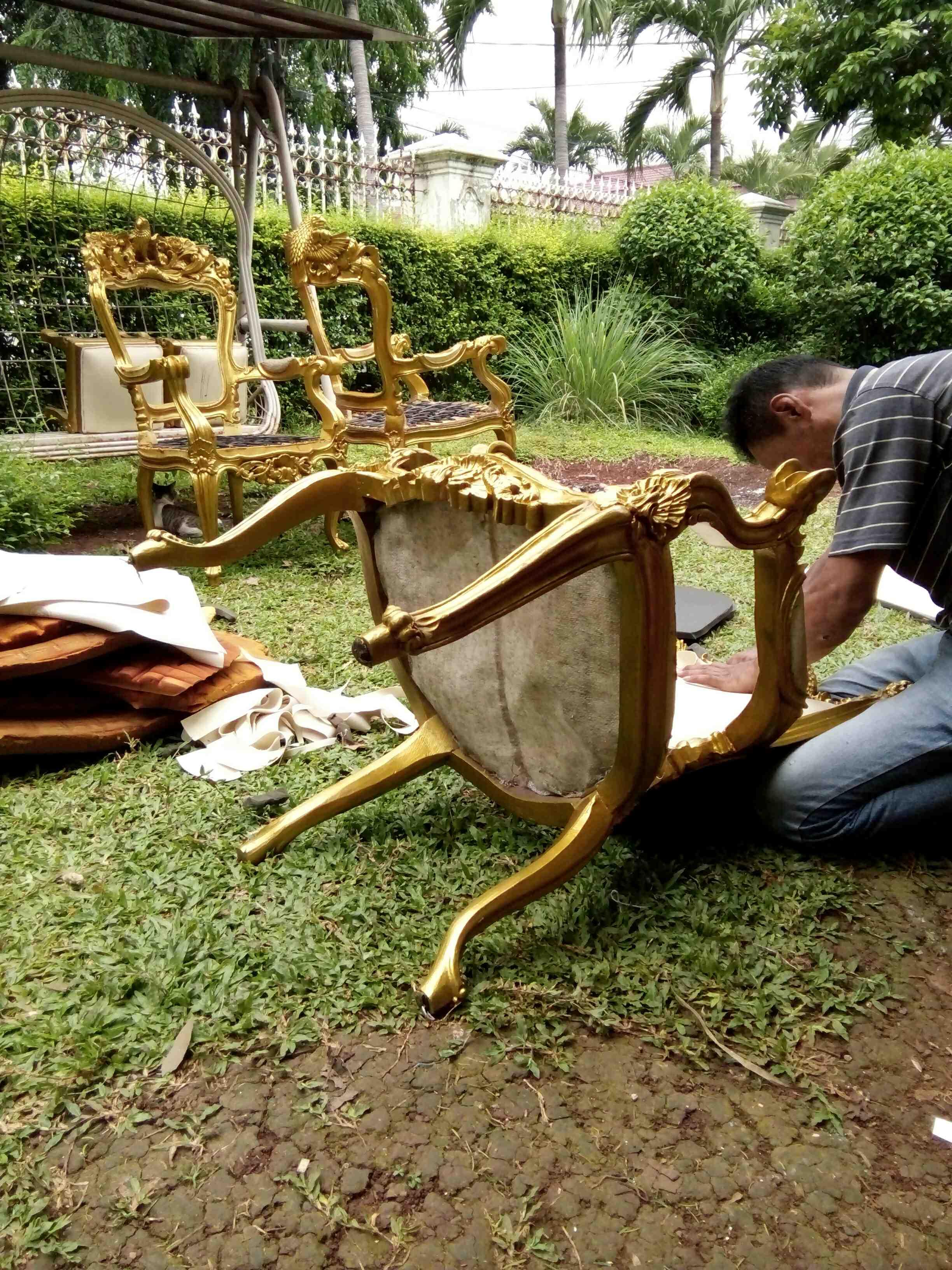 Foto: Ganti/Service Kain Jok Kursi Makan – Kursi Tamu – Sofa