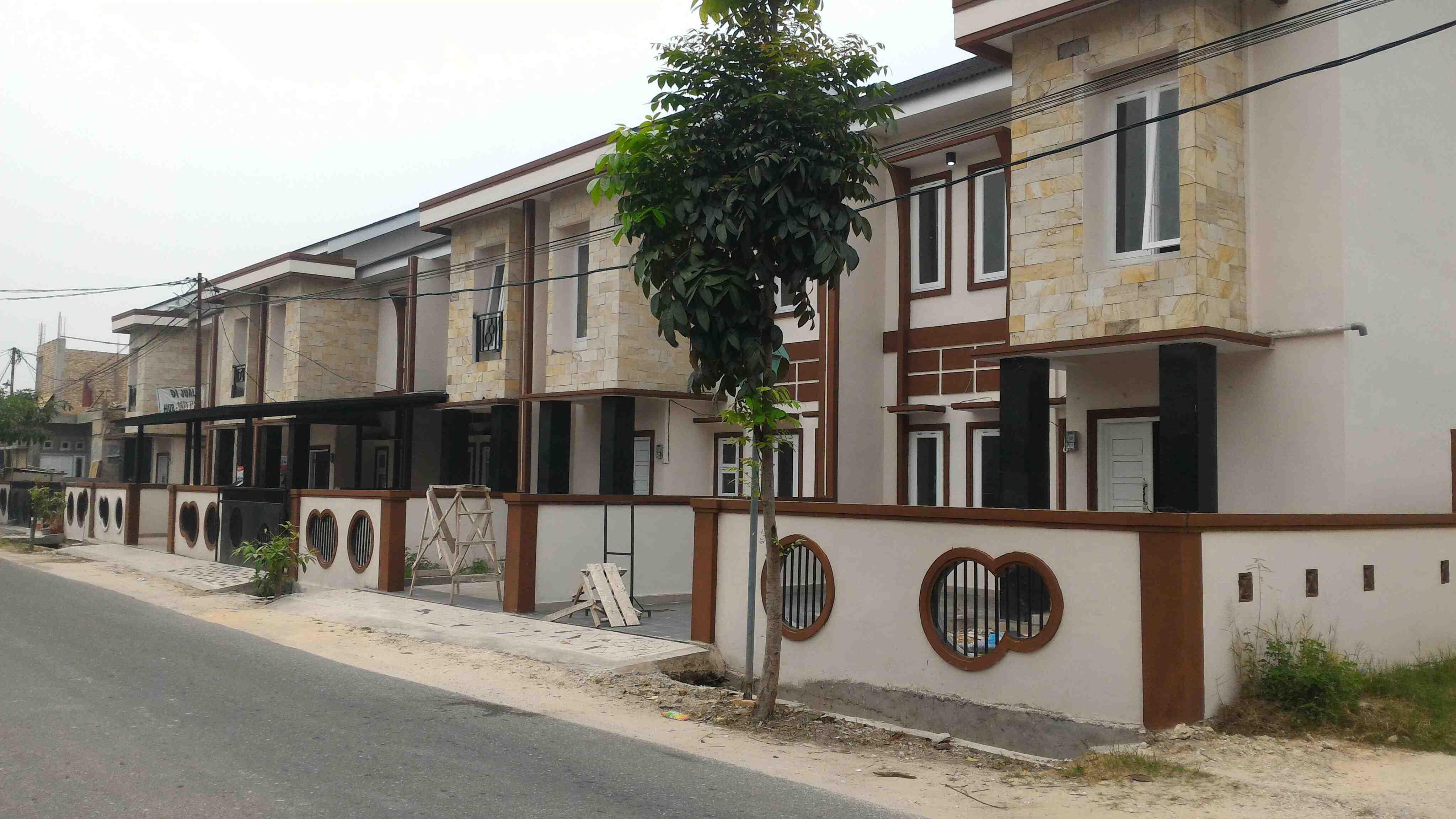 Foto: Rumah 2 Lantai Type 95 Minimalis