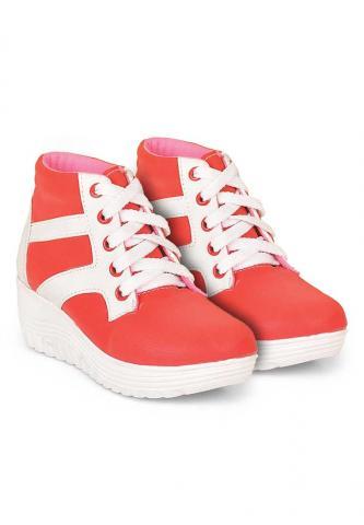 Foto: Fashion Terbaru Diskon Hingga 65% Tas, Sandal, Sepatu, Jaket Online Terpercaya