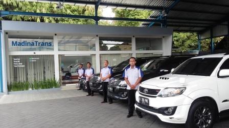 Foto: Jasa Rental Mobil Jogja