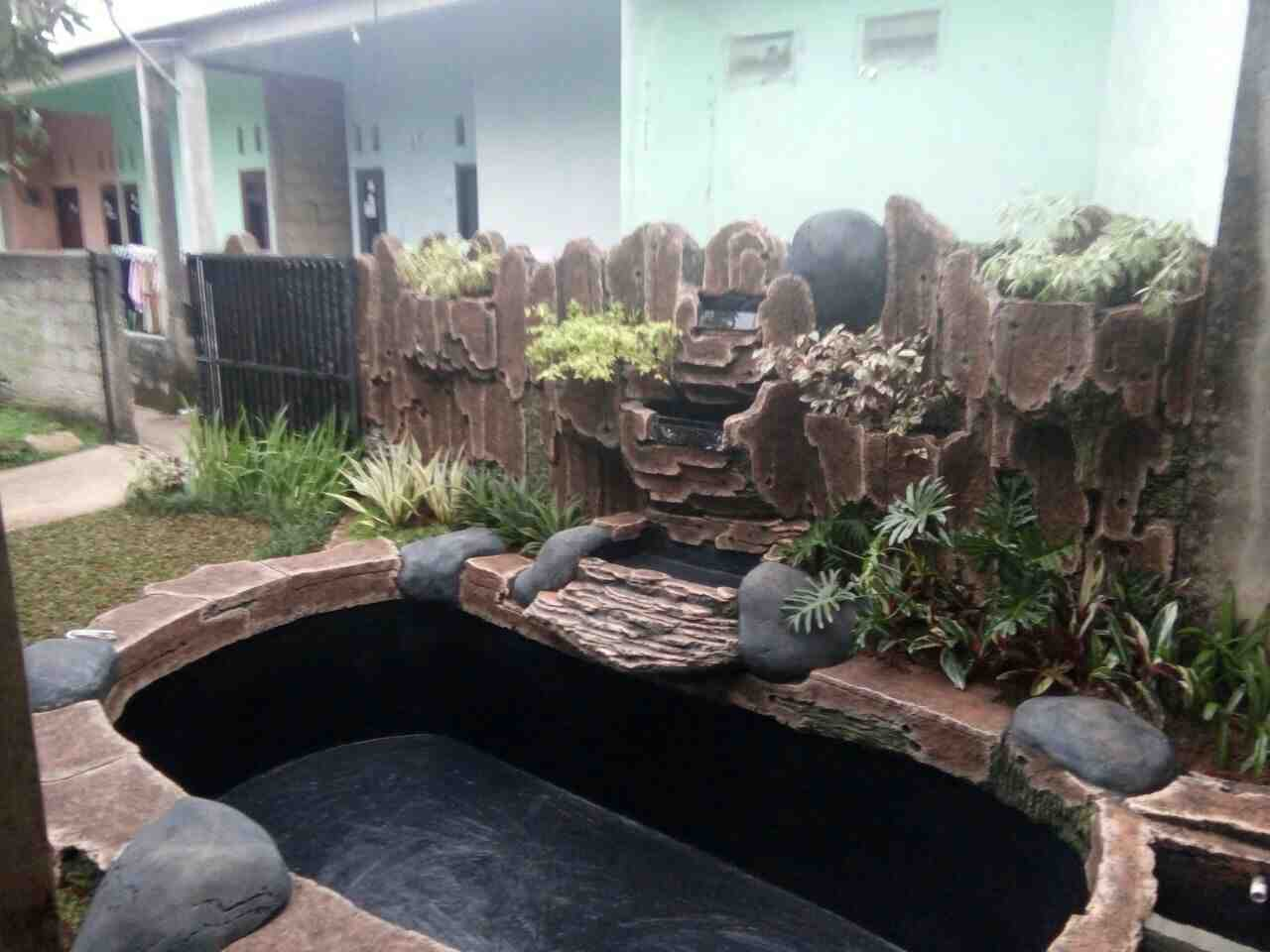 Foto: Jasa Pembuatan Taman Dan Kolam Hias