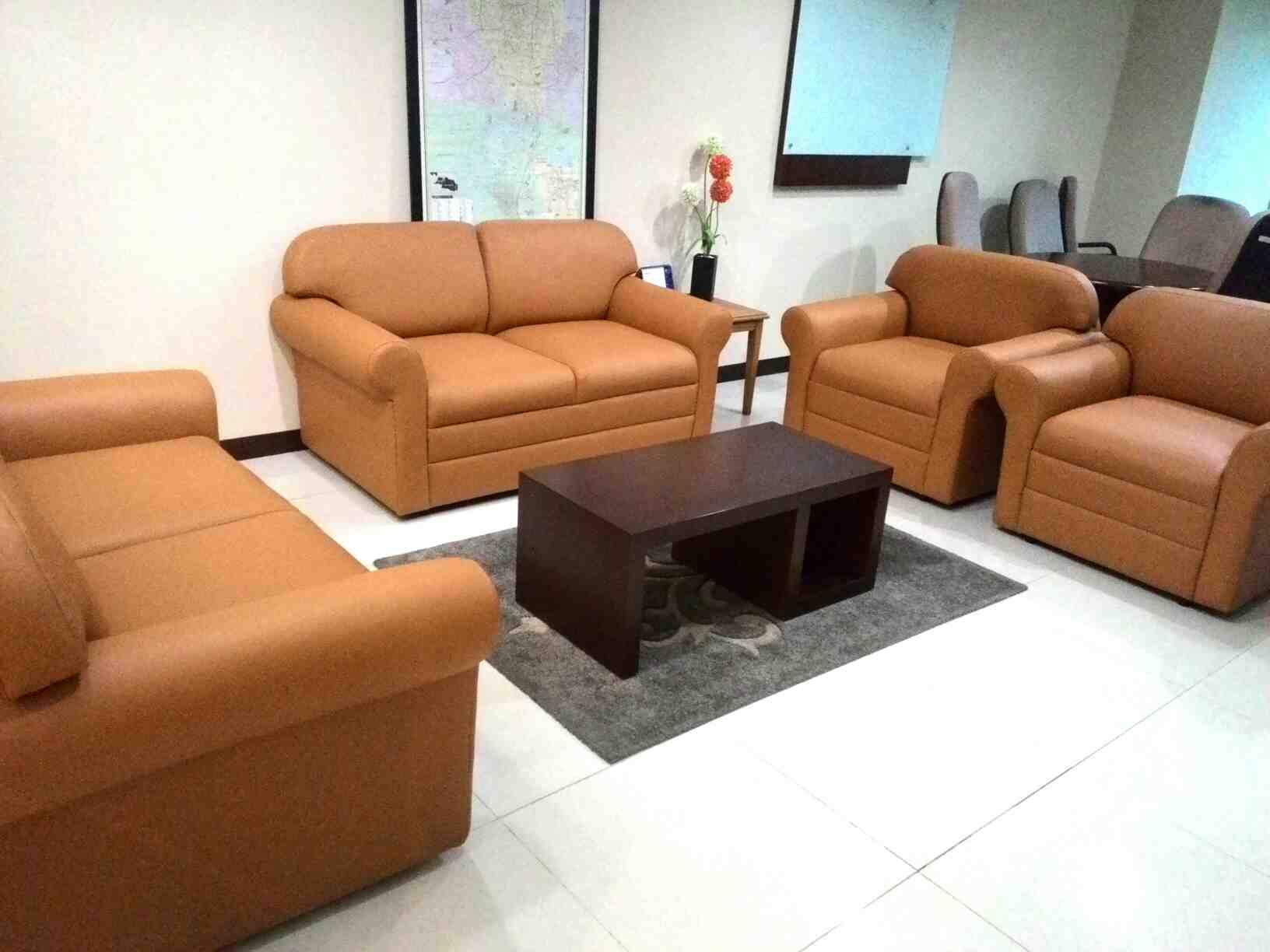 Foto: Service Sofa Panggilan Jakarta